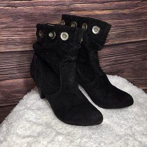 Bakers booties 6.5 black velvet